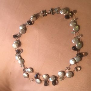 Gorgeous genuine stone and pearl necklace